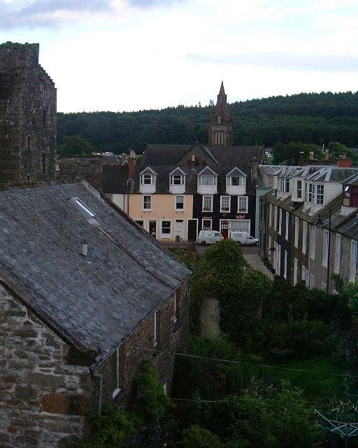 Rooflines & facades: Kirkcudbright
