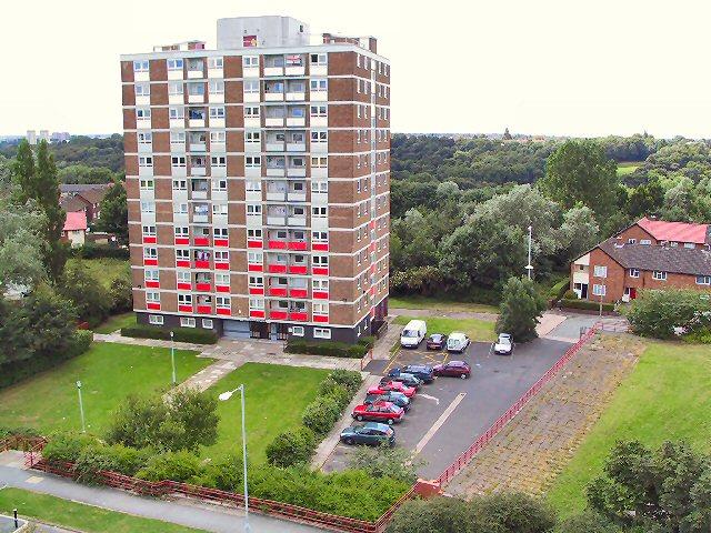 Lenham Towers, Brinnington