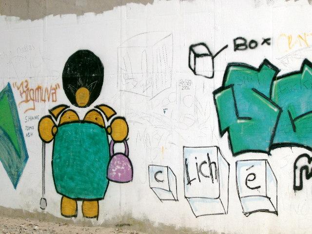 Graffiti where Lune cycleway passes under M6
