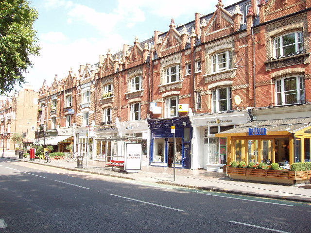 Shops and restaurants in New Kings Road, in Fulham