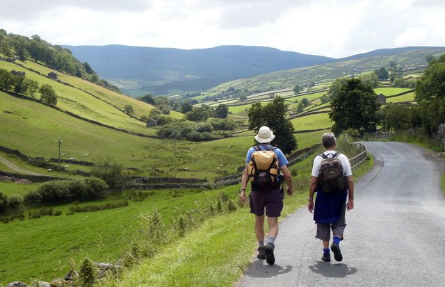 Walking S from Keld on B6270