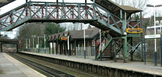 Sanderstead Station