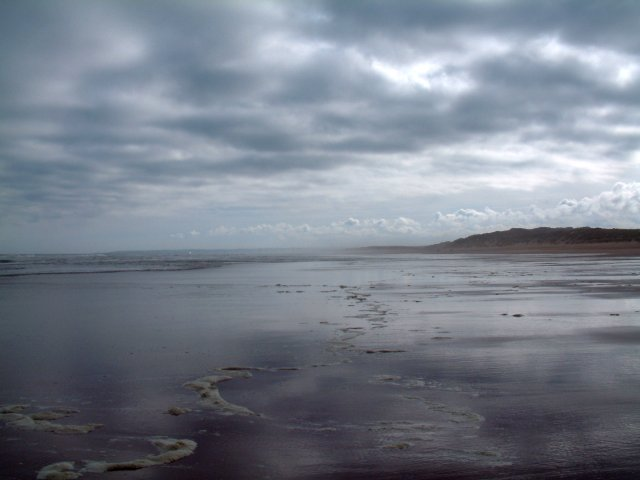 Looking south along Balmedie Beach
