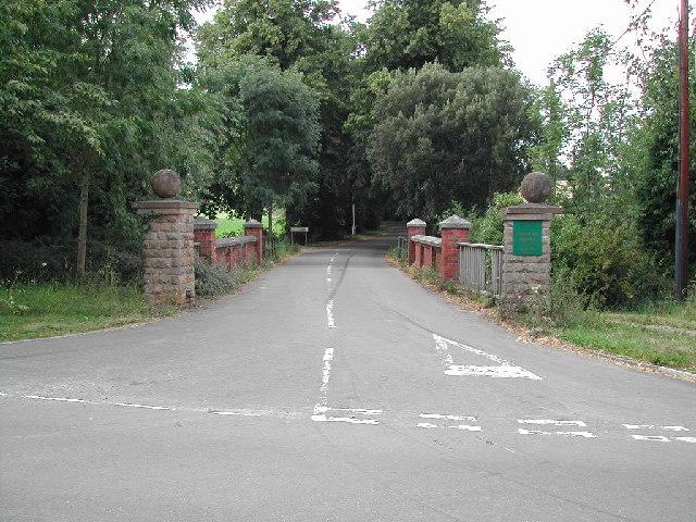 Entrance to Lowdham Grange