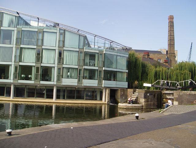 Regents Canal - City Road Basin - luxury flats