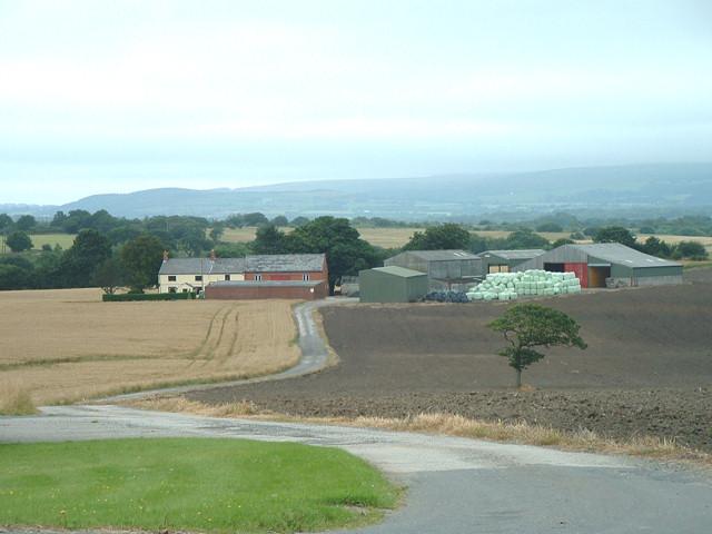 Cross Farm, Standish