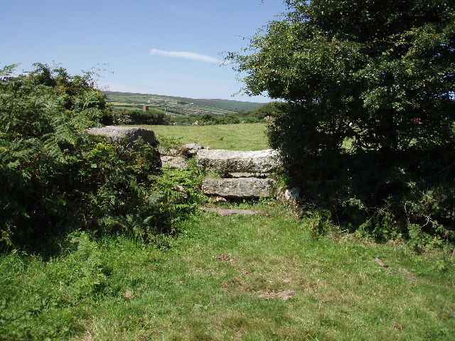 Stile on lane by the Engine Inn