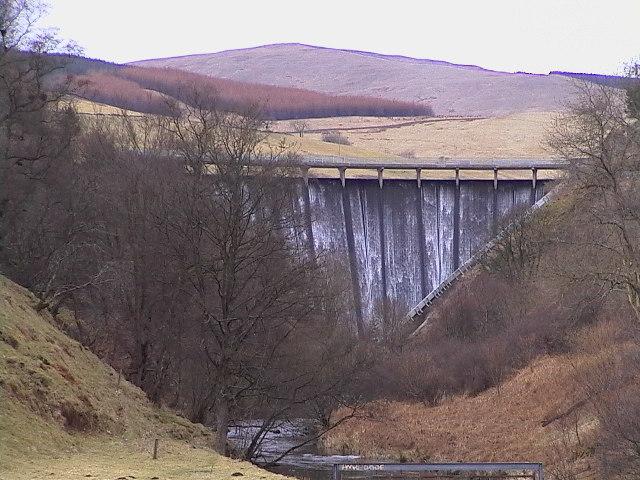 Devon Dam and River Devon