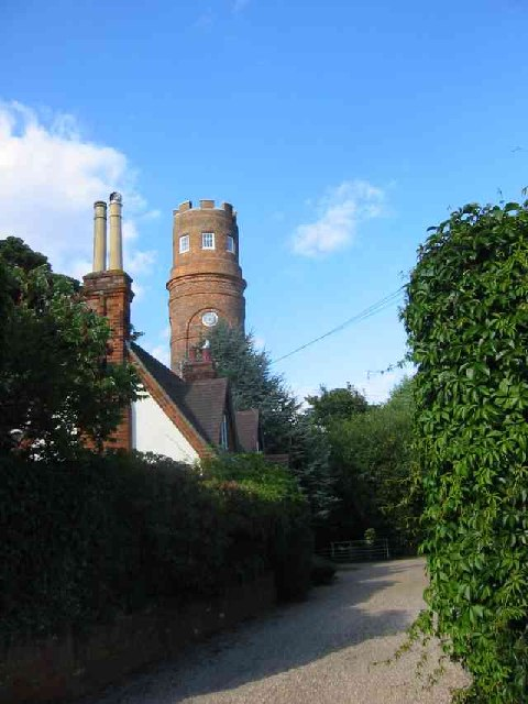 Strattons Folly from Bucks Alley, near Little Berkhamsted
