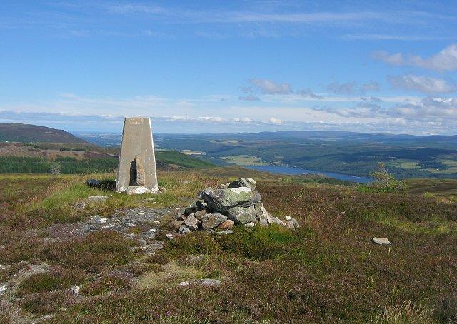Summit, Meall na h-Eilrig