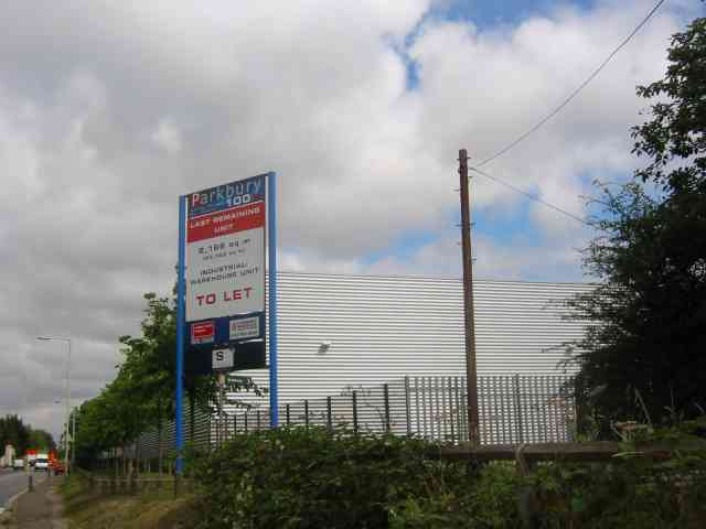 Business Park sandwiched between Watling Street and Railway