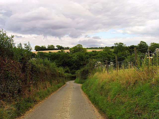 Country Road from Well Street to Duncroft Farm