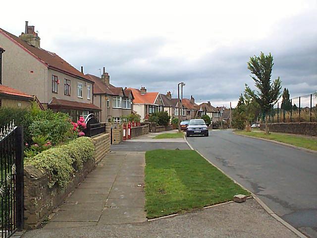Garden Lane Heaton David Spencer Cc By Sa 2 0
