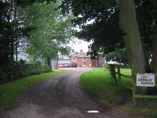 Arnold Manor, Arnold