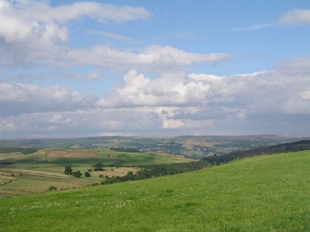 Abney Grange towards Abney Low
