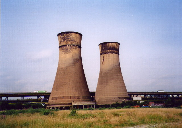 Blackburn Meadows cooling towers