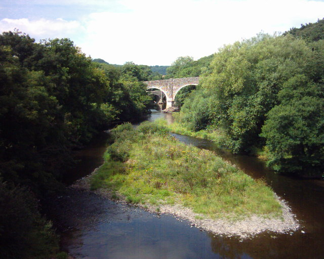 Rolle Bridge and Rothern Bridge over Torridge