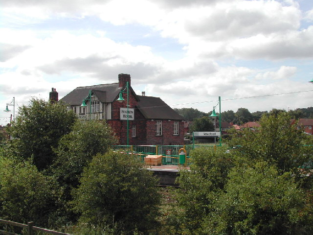 Newstead Village Railway Station