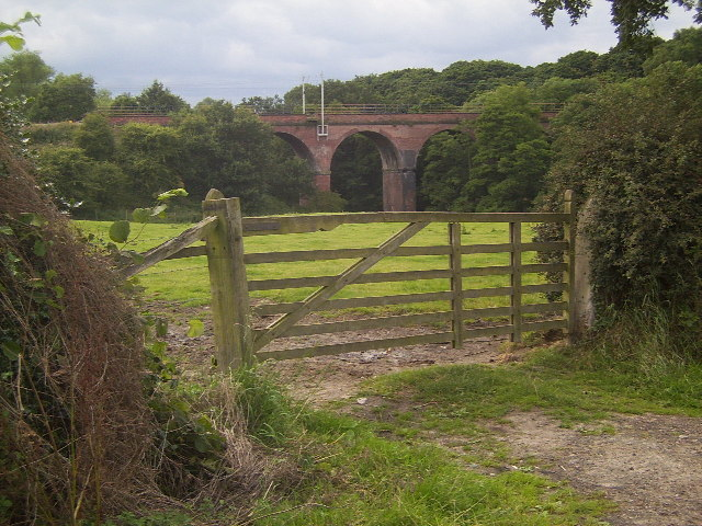 Viaduct over the Peover Eye