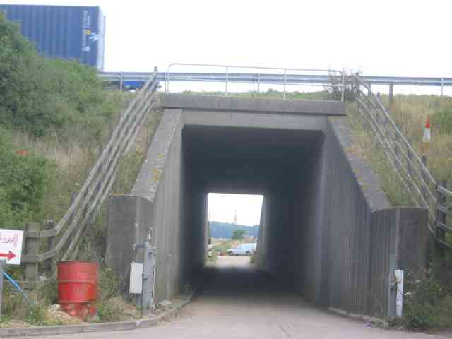 Tunnel under the M25  opposite Access to Salisbury Hall
