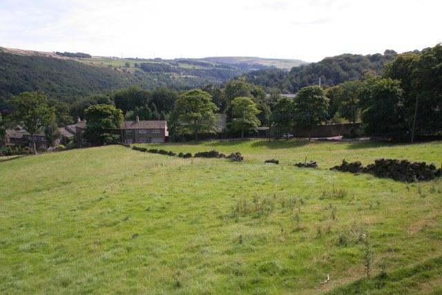 Farmland above Saw Hill