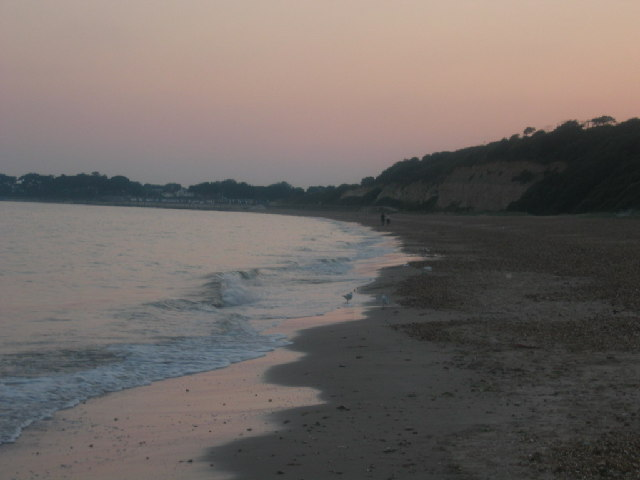 Highcliffe castle beach
