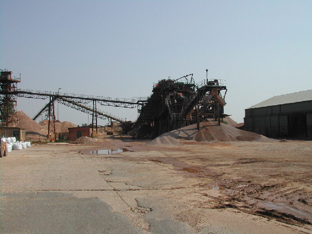 Giant Sorting Machine at gravel pits