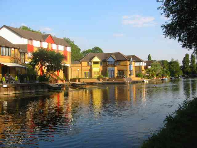 Housing alongside the Grand Union Canal  Harefield