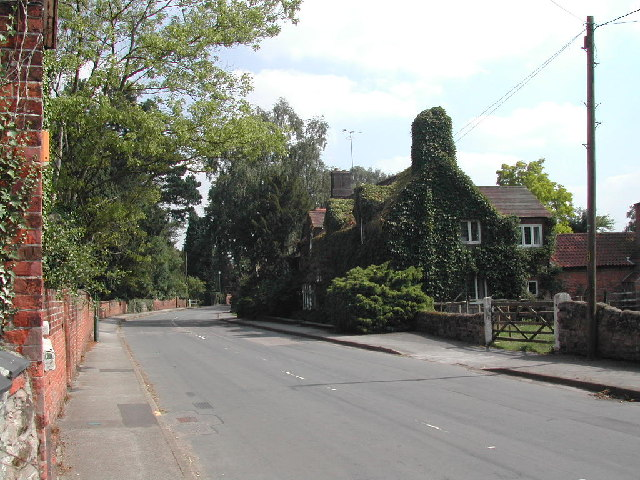 Main Street, Epperstone Village
