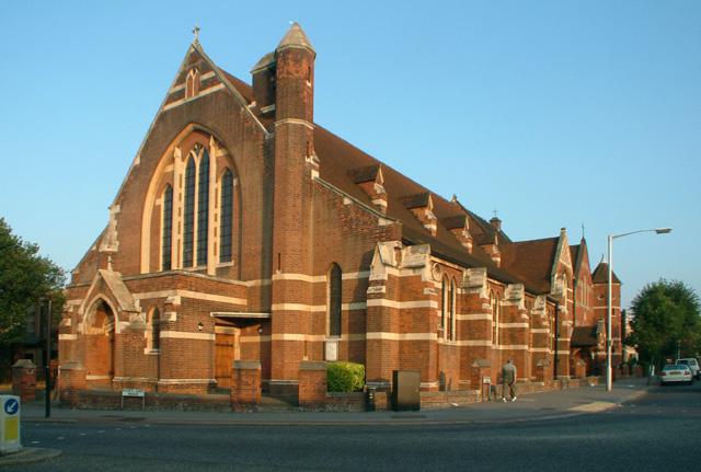 St Luke's, Woodside