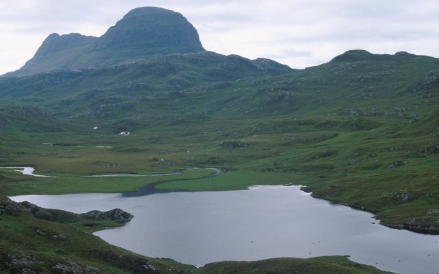 Suilven from Loch na h-Airigh Fraoich
