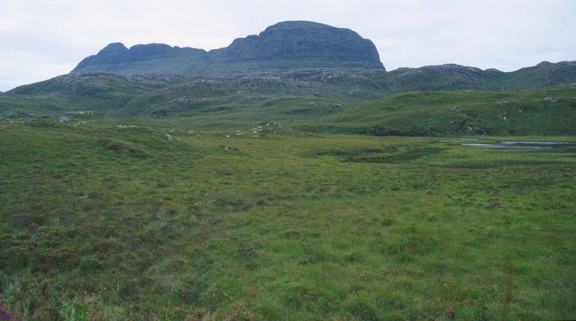 Approaching Suilven