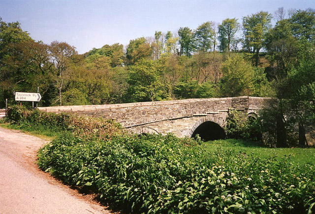Lezant: Greystone Bridge