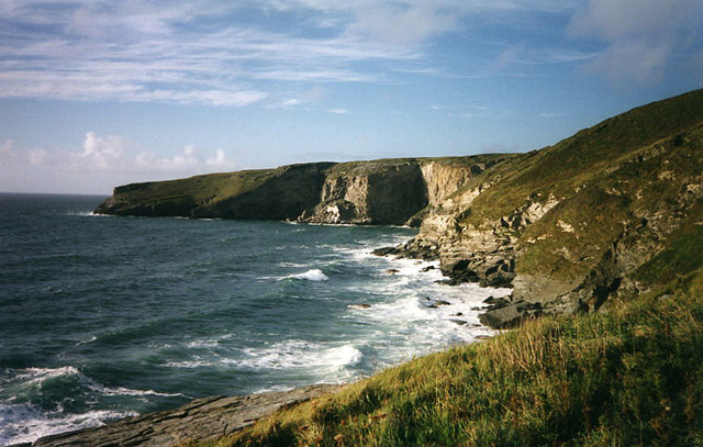 Tintagel: overlooking Trebarwith Strand