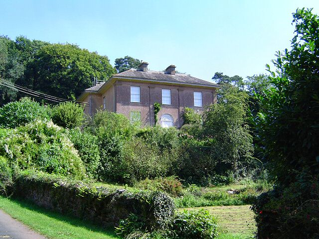 Combefishacre House - Combe Fishacre, South Hams