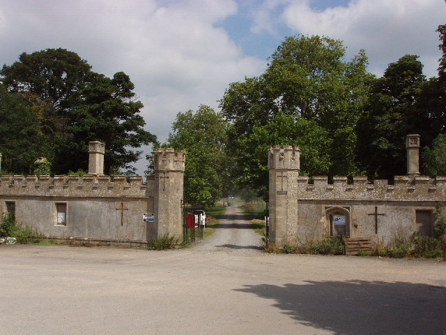 South gate of Thame Park