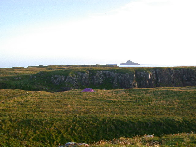 Looking South to Dutchman's cap from NM2741, Lunga Treshnish Isles