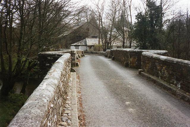Helland: Helland Bridge