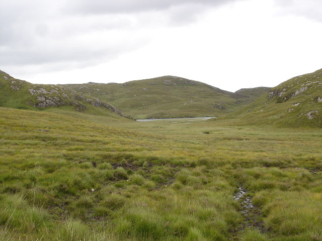 Bog leading down to Loch Tholldaire