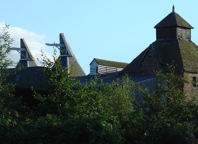 Oast houses at Springhill Farm
