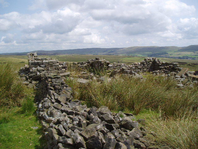 Remains of cottages near Rooley Moor Road