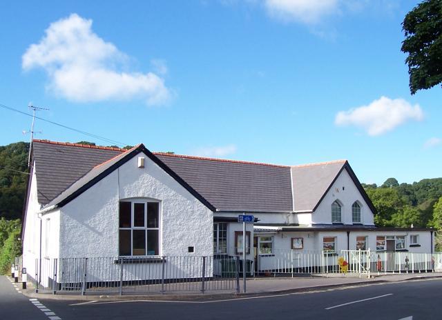 Pontgarreg Primary School