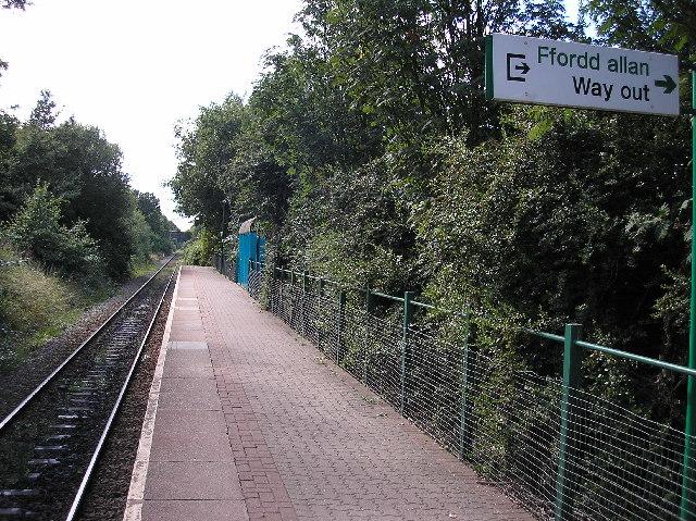 Birchgrove railway station, Cardiff