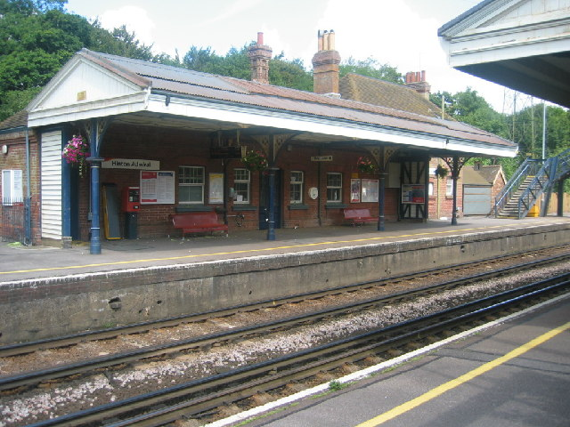 Hinton Admiral Station