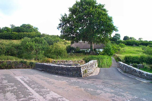 Littlehempston crossroads