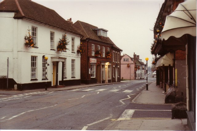Ingatestone High Street: Christmas 1989