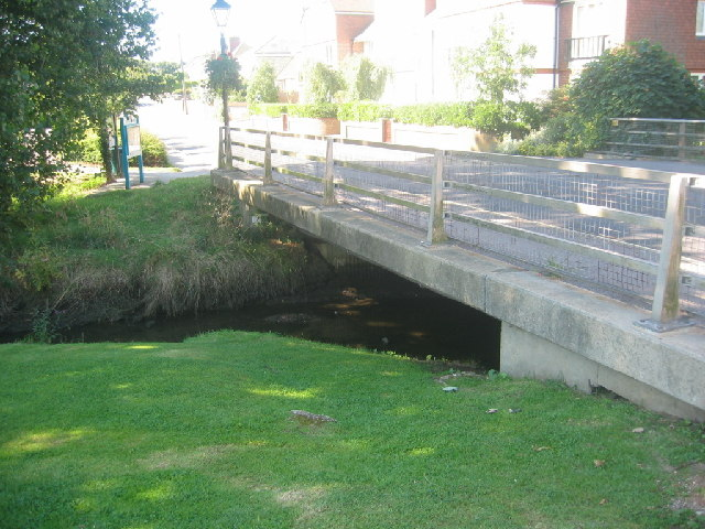 Road bridge in Milford
