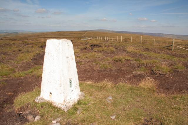 Trig point, Hoof Stones Height