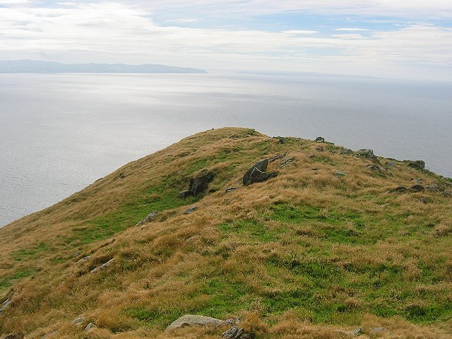 Summit ridge, Ailsa Craig