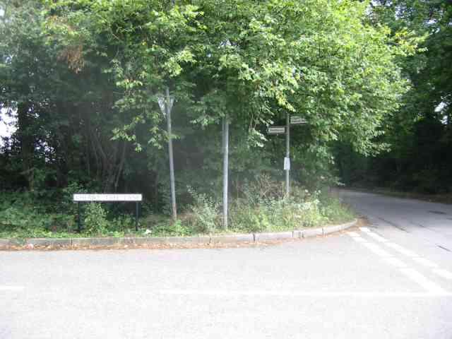 Road sign Cherry Tree Lane.